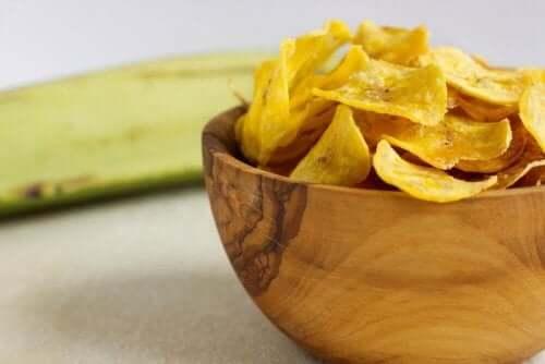 Nyttiga chips av grönsaker