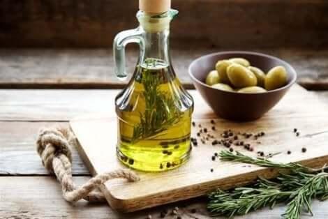 Olivolja med örter