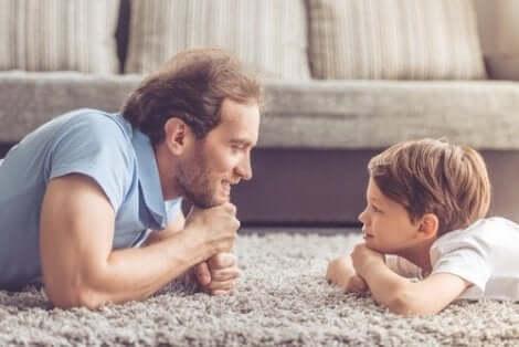 Pappa med son
