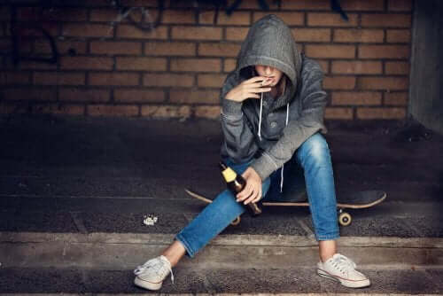 Person röker och dricker
