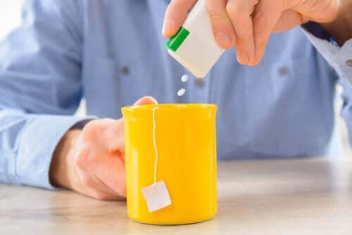 Sötningsmedel i te