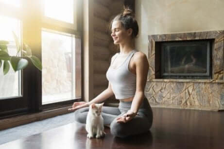 Vanor för att lindra ländryggssmärta: yoga