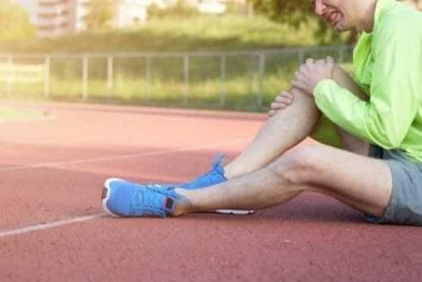 Knäskador uppstår ofta vid träning