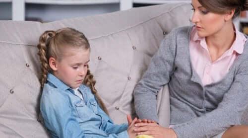 Det är inte alltid lätt att vara dotter i en enbarnsfamilj