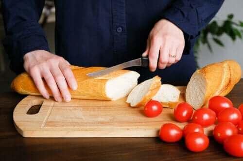 Ta reda på om bröd kan göra dig tjock