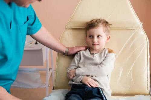 Nefrotiskt syndrom hos barn: orsaker och behandling