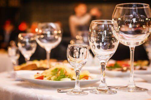 Tre förslag på bröllopsmeny för bröllopsfesten