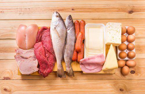 Lax och andra färska livsmedel är bra för personer med celiaki.