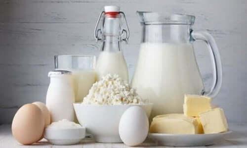 Mjölkprodukter innehåller kalcium.
