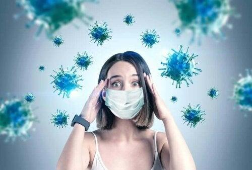 Den verkliga faran: överförbarheten av coronaviruset