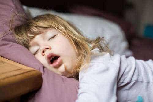 Tester och behandlingar vid sömnstörningar hos barn