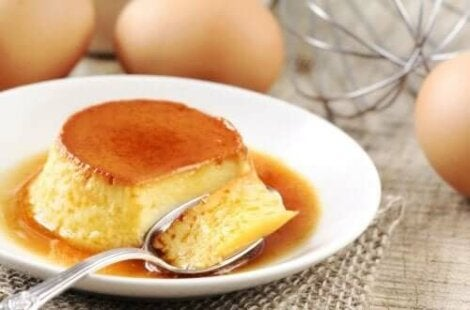 En portion flan Napolitano.
