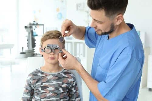 Hur du upptäcker synproblem hos barn