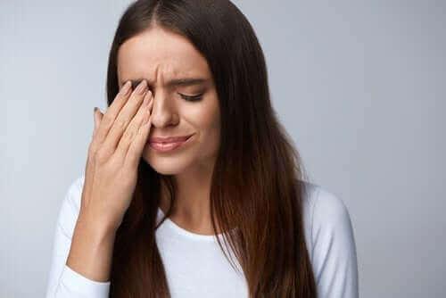 Pterygium i ögat - vad innebär det?