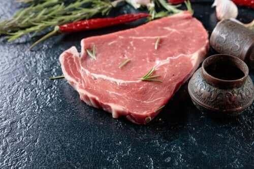 Listeria under graviditet: Rått kött.