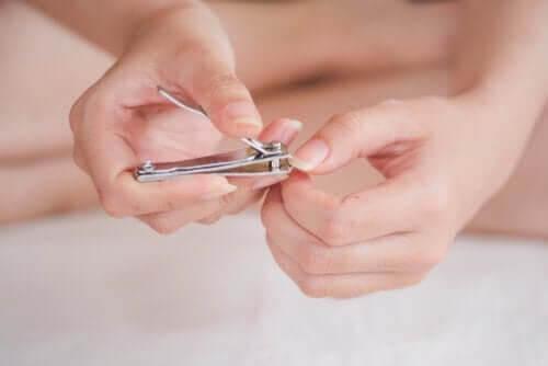 Hur man förebygger och behandlar nageltrång