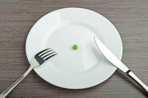 bristen på vitaminer: en ärta på en tallrik
