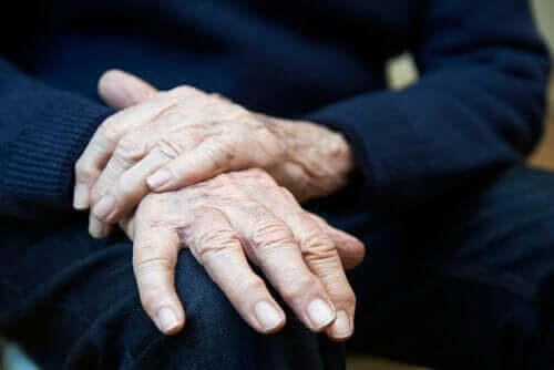 Darrande händer: symptom, orsaker och behandlingar
