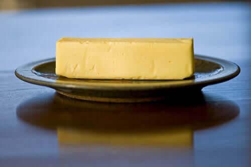härdade fetter: margarin