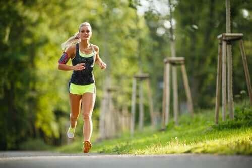 Fysisk träning under menstruationscykeln