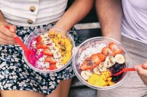 Njut av en smoothiebowl till frukost