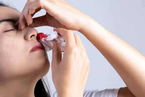 De nio vanligaste orsakerna till en blödande näsa