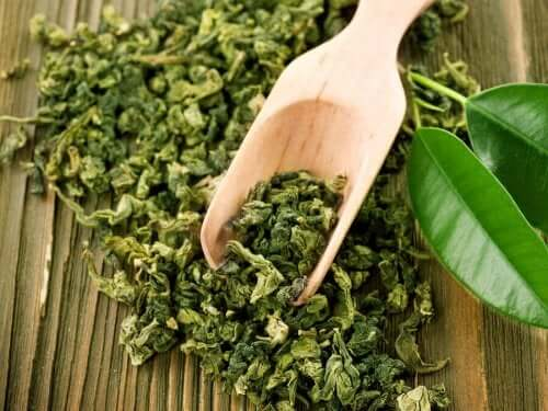 grönt te mot akne
