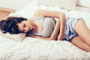 Tio sätt att lindra menstruationssmärta