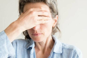 Orsaker till torra ögon under klimakteriet