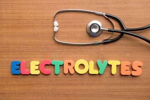 Vad är elektrolyter och varför är de så viktiga?