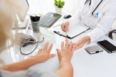 Vi ger svar på några vanliga frågor om artrit
