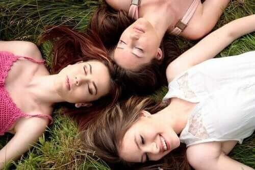 Är det sant att menstruationen kan synkroniseras?
