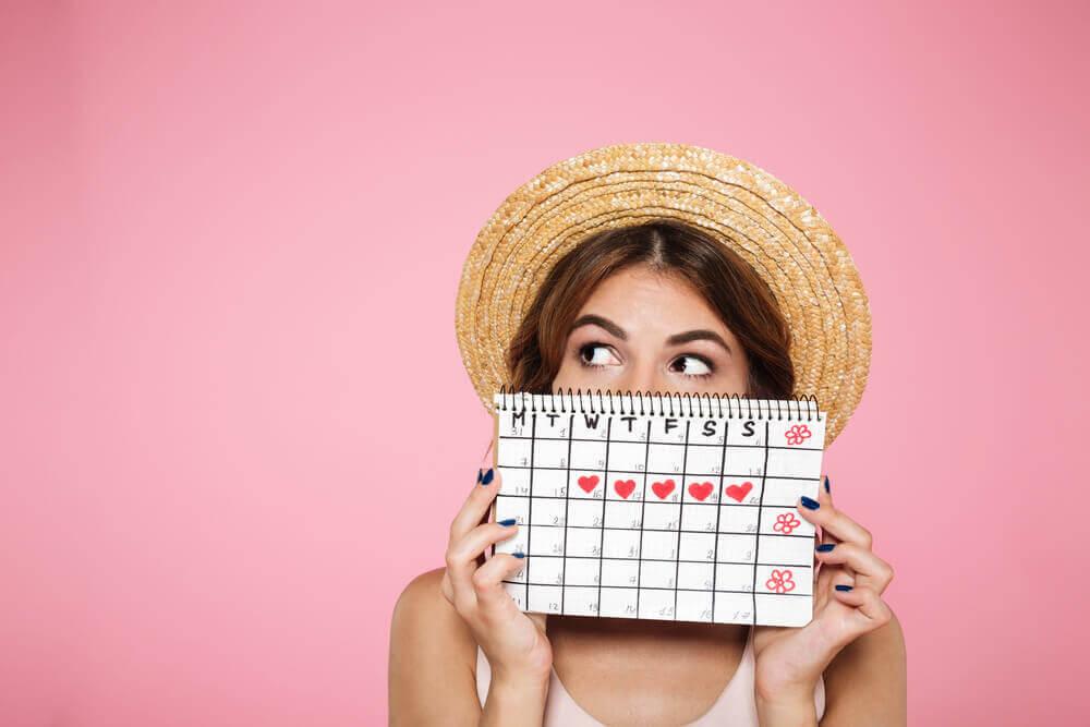 kvinna med kalender