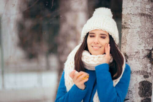 Enkel och vårdande vinterrutin för fet hy