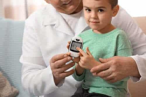 Vad är en normal blodsockernivå för barn?
