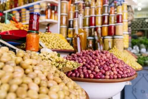 Potatis på den lokala marknaden.