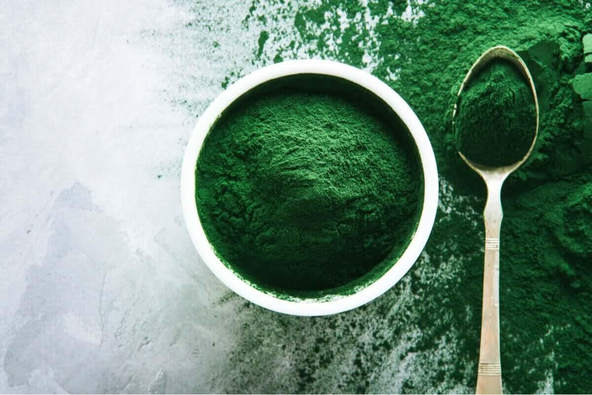 Det finns fördelar när du tar spirulina som tillskott