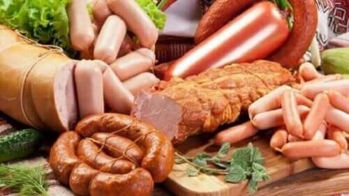 Olika sorters bearbetat kött