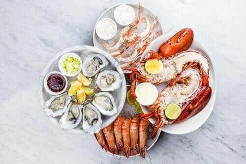 Kolesterol i fisk och skaldjur: påverkar det din lipidprofil?
