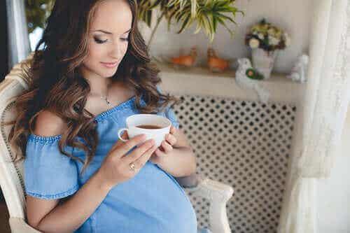 Borde du dricka te under graviditeten?