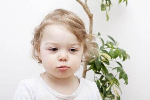 Håravfall hos barn: Orsaker och typer