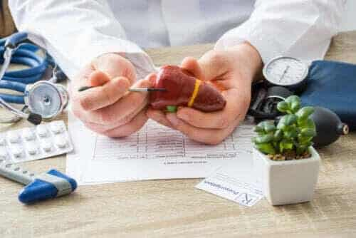 Livsmedel som personer med levercirros bör äta