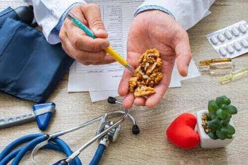 Visste du att valnötter sänker blodtrycket?