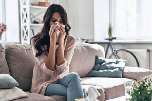 Hur man tar hand om en förkylning hemma