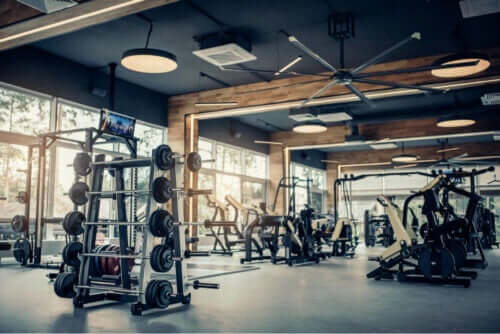 Ett folktomt gym.