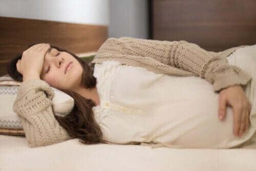 Menstruationskramper under graviditeten - bör du oroa dig?