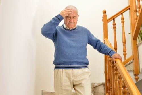 6 övningar som rekommenderas för symptom på yrsel