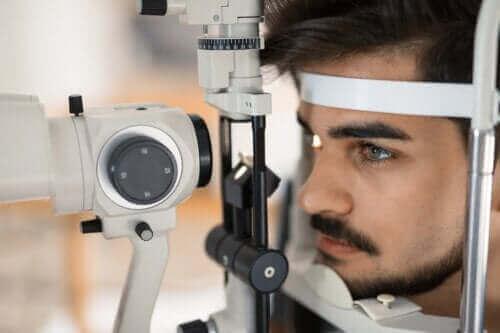Retinitis pigmentosa: beskrivning och egenskaper
