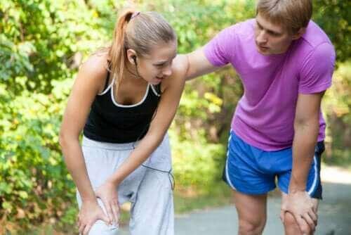 Sträckning av ljumsken - varför uppstår det?