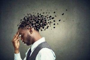 Lär dig om de olika typerna av minnesförlust